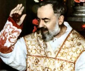 Padre Pio e seus estigmas